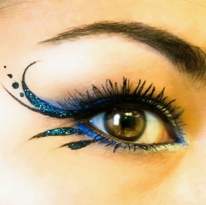 Makenna peacock eye idea - darker smokey eye for steampunk