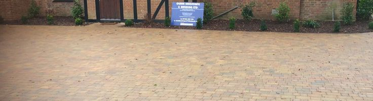 Driveways Welwyn Garden City- Clark Landscapes and Building Ltdare block pavers installing driveways in Welwyn Garden City, St Albans, Hertford and throughout Hertfordshire & North London.