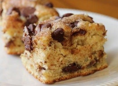Chocolate chip coffee cake via reddit | Recipes I'd Love to Try | Pin ...
