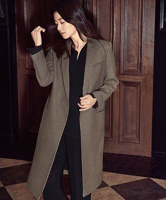 Jun Ji Hyun says long coats are in this fall in 'Marie Claire' | allkpop.com
