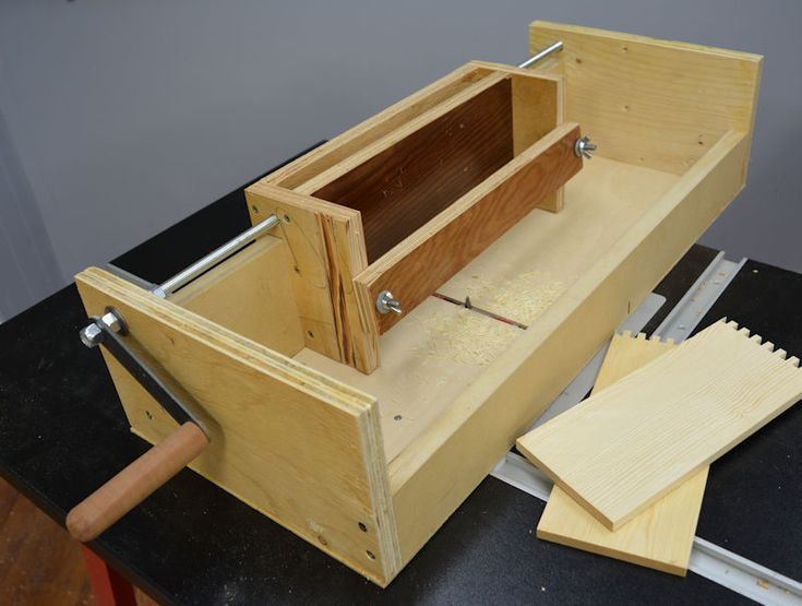 17 best images about table saw sled and jig on pinterest table saw jigs b - Construire table bois ...