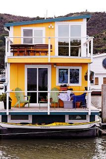 Tiny House - Houseboat  ---   #tinyhouse  #houseboat