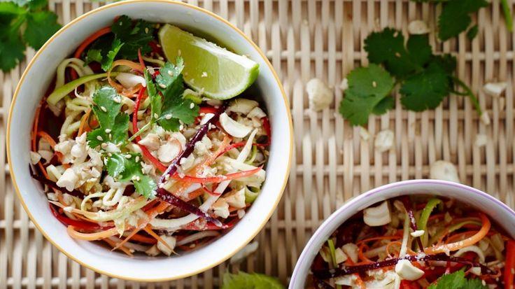 Pete Evans' paleo pad Thai salad