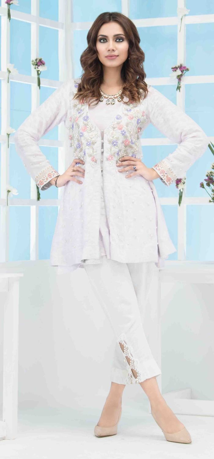92de94e150 A beautiful light purple embroidered Pakistani dress for  sale#springcollection #spring #readytowear #pretwear #unstitched #online  #linen #lawncollection ...