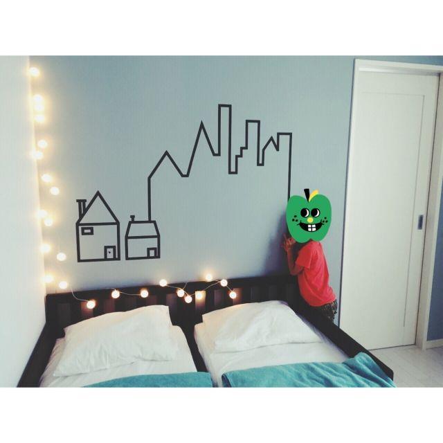 nicochanさんの、ベッド周り,照明,IKEA,子供部屋,壁,100均,ベッドルーム,マスキングテープ,セリア,マステ,男の子の部屋,デコレーションライト,ピンポン球,のお部屋写真
