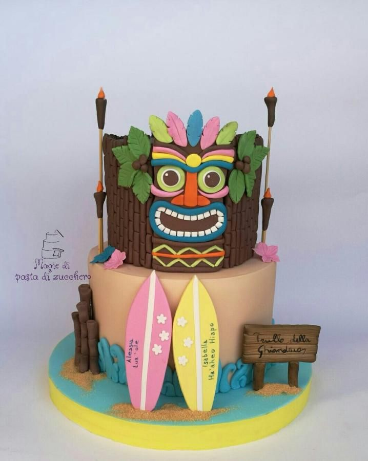 Hawaii cake by Mariana Frascella