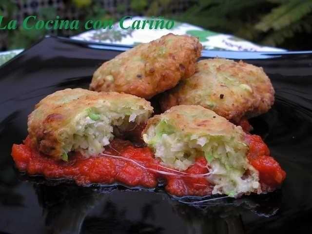 Hamburguesas de calabacín.  Es muy sencilla y sabrosa pese a ser una simple receta de verduras. La verdad deliciosa y muy, muy sencilla de preparar.