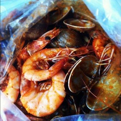 Shrimp and clams, whole shebang at Boiling Crab | Santa Ana, CA: Boiling Crab, Santa Ana, Yum Yum, Yummy Comfort, Travel Eats, Comfort Foods