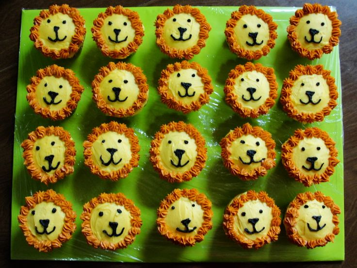 Lion Cupcakes / Monkey Cake, Jungle Animal 3rd Birthday Party — Children's Birthday Cakes