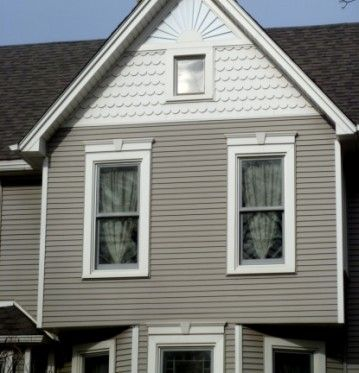 Custom Installations provides standard vinyl siding installation utilizing only the best vinyl siding products. Request a free home consultation today!