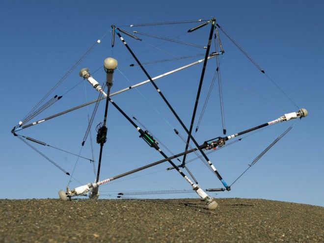 NASA's Latest Robot: A Rolling Tangle of Rods That Can Take a Beating