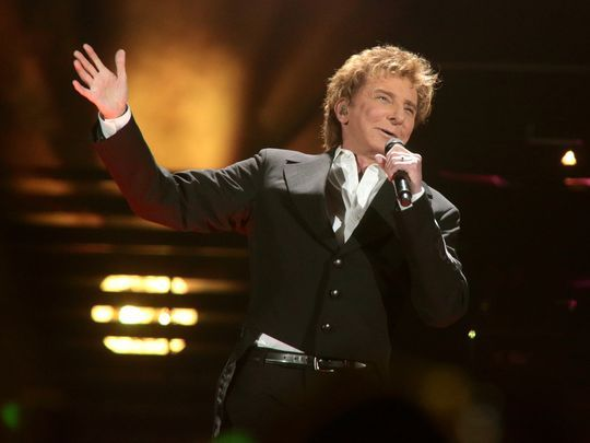 barry manilow photos 2016 | Barry Manilow will perform on March 30 at Bankers Life Fieldhouse ...