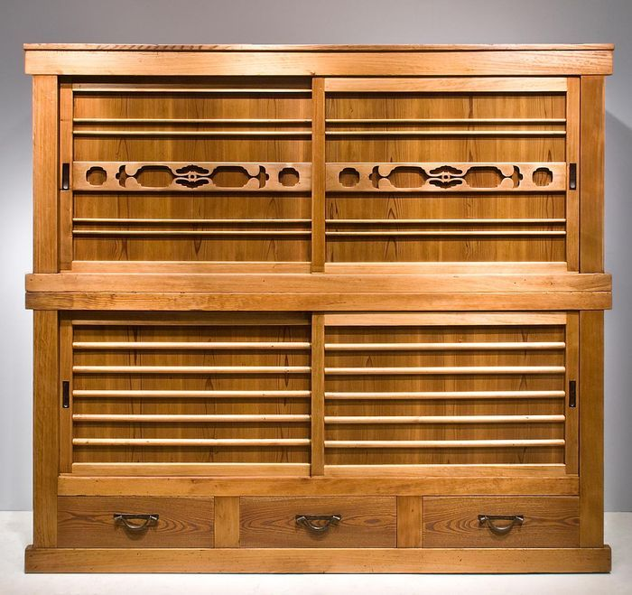 Places That Sell Furniture: 27 Best Japanese Tansu Chest Images On Pinterest