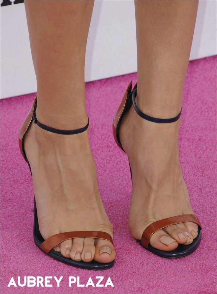 Best 25 Celebrity Feet Ideas On Pinterest  Jennifer -6176