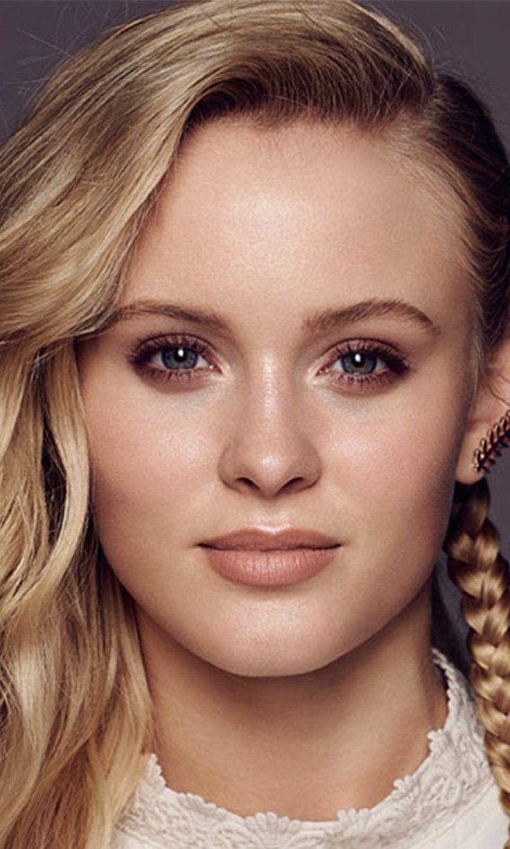 Zara Larsson on Being Compared to Rihanna and Her Favorite Photo Editing App