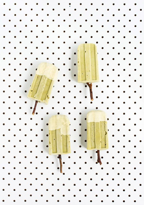 Tasty Tuesday · Matcha and Avocado Popsicles Dipped in White Chocolate | The Design Files  http://thedesignfiles.net/2013/02/tasty-tuesday-matcha-and-avocado-popsicles-dipped-in-white-chocolate/