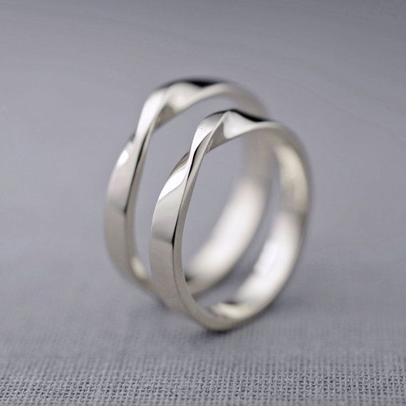 ♢ Beautiful 14K white gold bands sculpted in a mobius design ♢ 100% recycled 14K white gold ♢ Bands measure approximately 2.65mm wide x 1.25mm