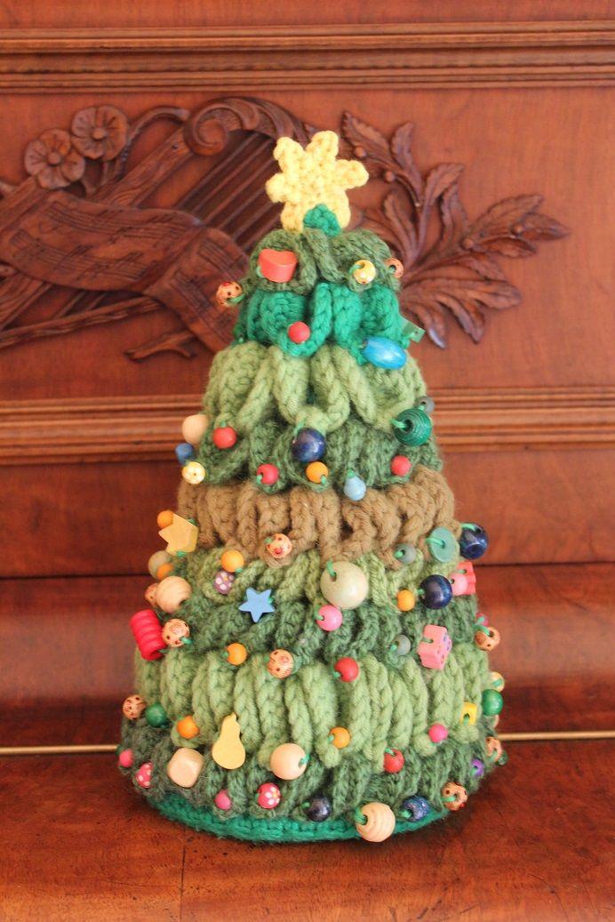Bäuerlicher Christbaum mit Holzperlen <3