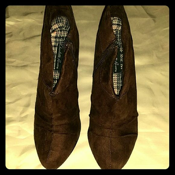 **1 day sale -- 50% off** Brown Heels ($30) *zipper on one side *BRAND NEW *NEVER WORE Charlotte Russe Shoes