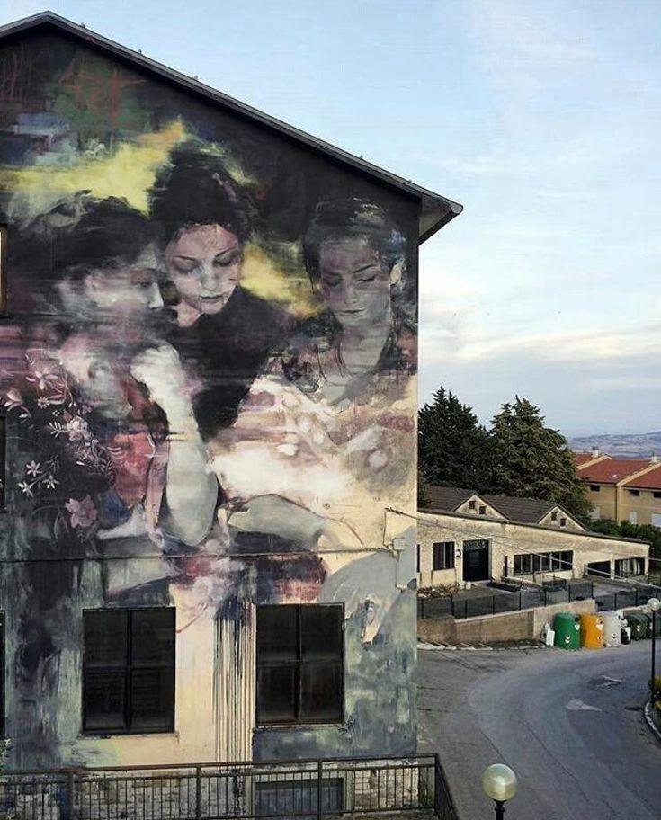 Santa Croce di Magliano, Italia: nuovo pezzo dello street artist argentino Fran…
