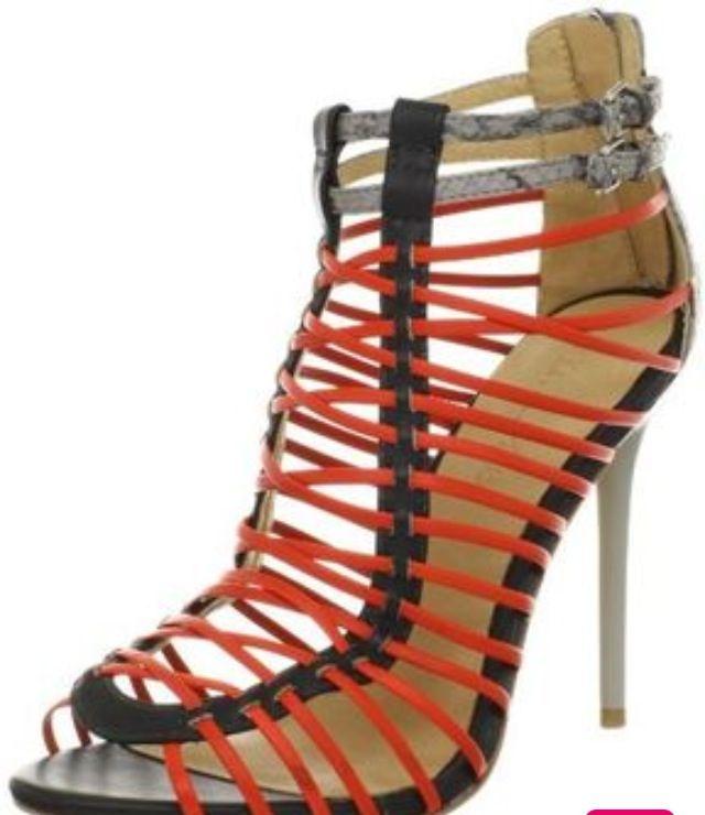 L.A.M.B by Gwen Stefani : Payton Sandals
