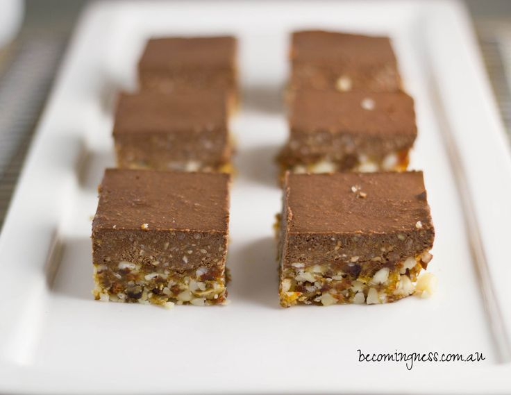 Raw Nutella Slice - dates, macadamias, hazelnuts, cacao, coconut milk, maple syrup #paleo #raw #vegan