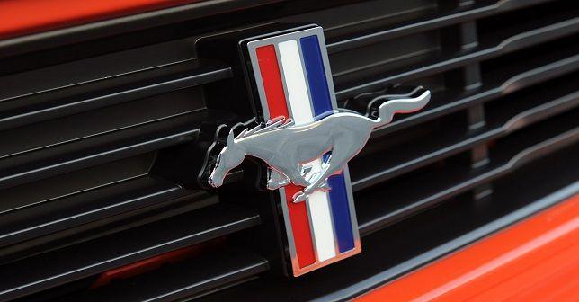 В Стамбуле Отпразднуют 50-летие Mustang  В честь 50-летия легендарных автомобилей Mustang компании Ford Стамбульское общество владельцев классических автомобилей 14 сентября организует юбилейное мероприятие.  http://www.portturkey.com/ru/automotive/9128----50--mustang