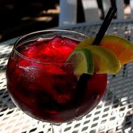 CARRABBA'S RED SANGRIA DRINK