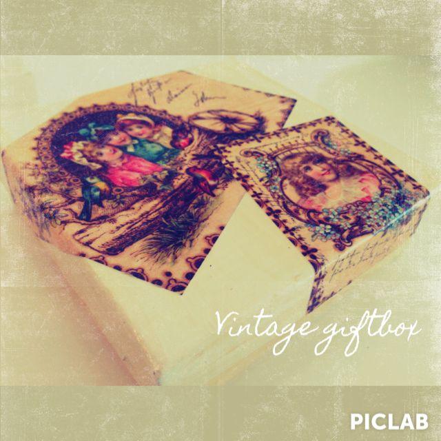 Vintage giftbox, liten pappersask med decopagedekoration