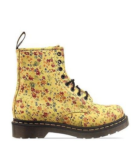 flashback! @Kelly Freeman --- did you ever have these Docs? If so I'm going to be so jealous.