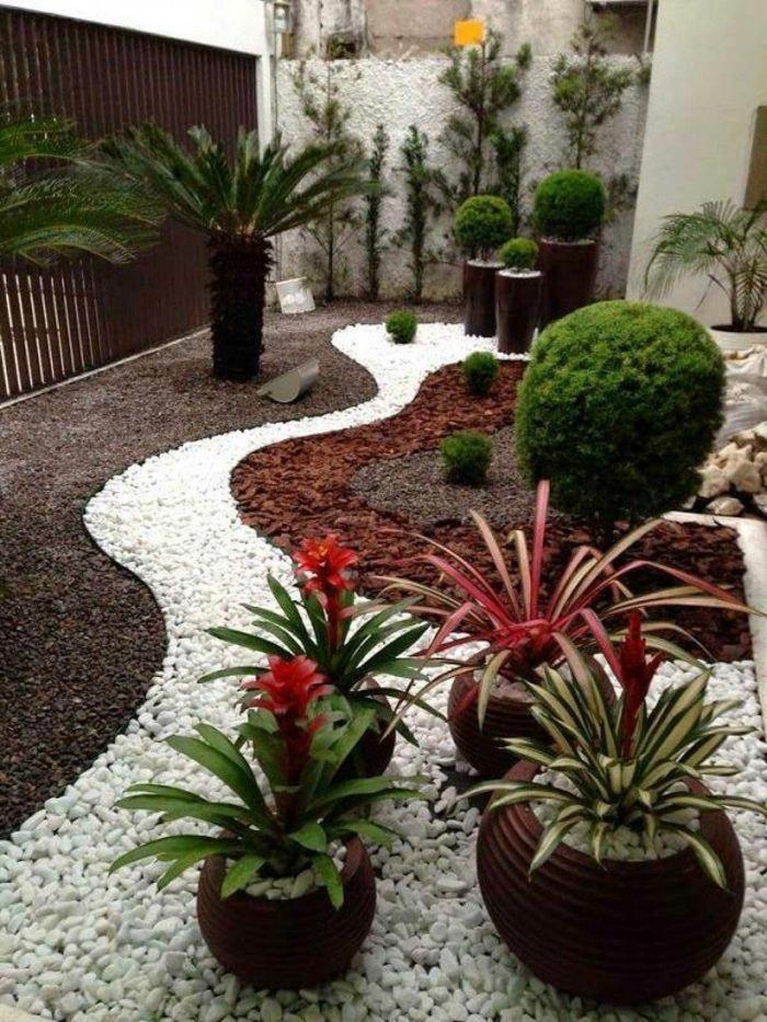 jardines modernos decorados con gravilla en estilo mediterráneo - jardines modernos