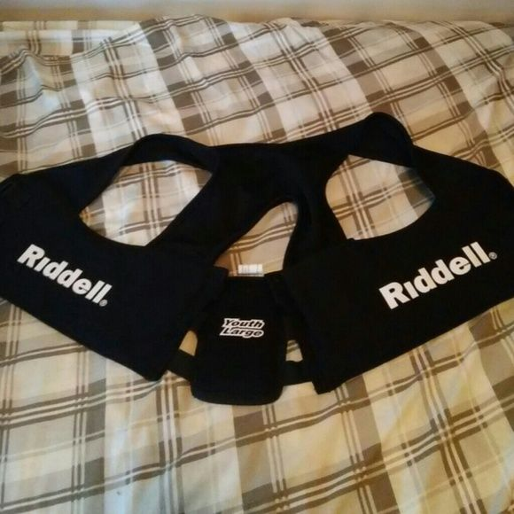 Riddell rib protector for football Riddell rib protector. Brand new, never used it. Other