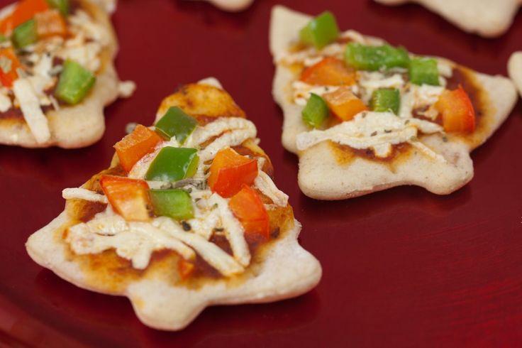 Little Vegan Christmas Tree Pizzas