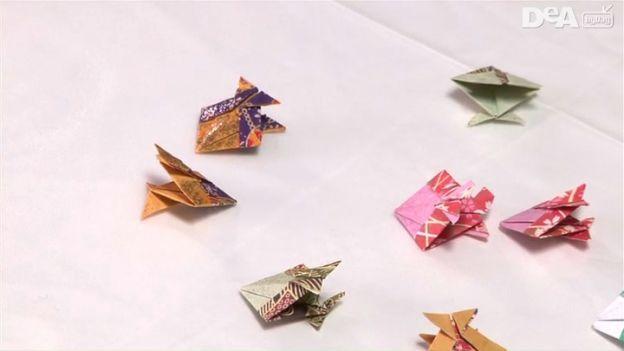 Collane fai da te: collana origami di cristalli colorati