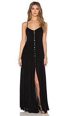 Uma Pleat & Button Maxi Dress in Black                                                                                                                                                                                 Mais