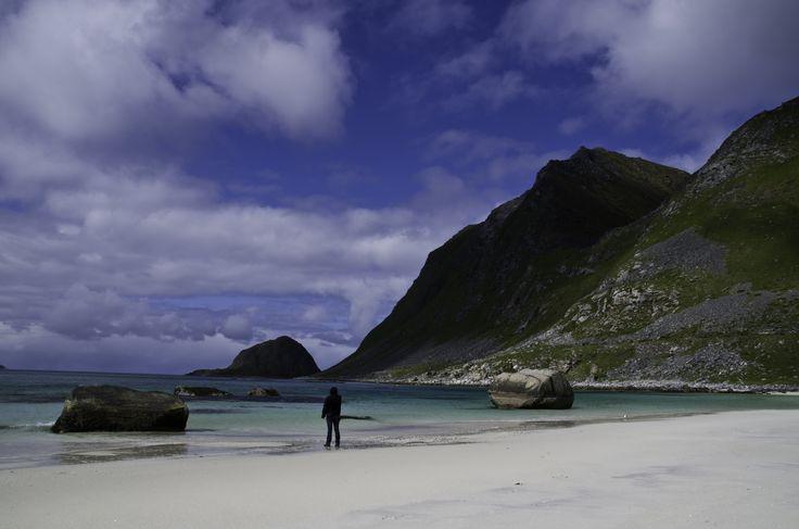 #Lofoten has wonderful beaches, still it´s the Atlanik Ocean  - not the warmest water :-) #8Seasons4Women
