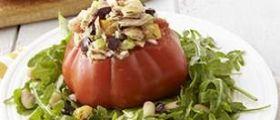 Ricetta Pomodori Ripieni Dietetici Con Tonno e Rucola: 353 Calorie