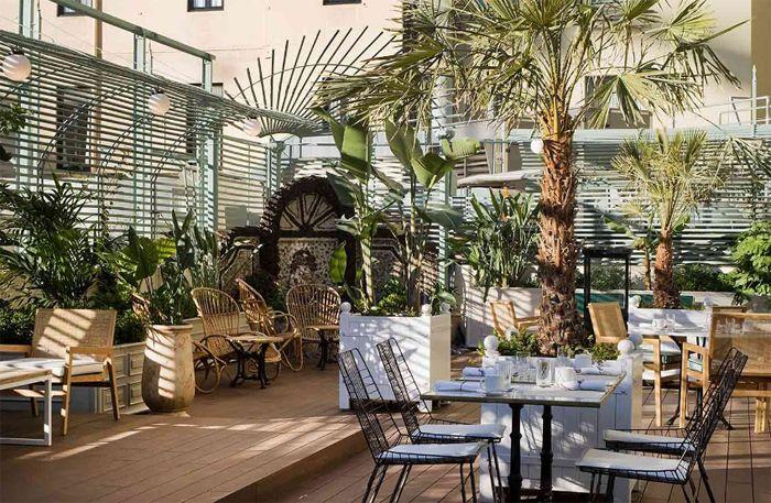 COTTON HOUSE HOTEL, BARCELONA. GRAN VÍA de les CORTS CATALANES, 670 08010 BARCELONA – SPAIN Telephone: 0034 93 450 50 45 RESERVATIONS: RESERVATIONS@HOTELCOTTONHOUSE.COM GENERAL INFORMATION: COTTONHOUSE@HOTELCOTTONHOUSE.COM #spain #spanje #barcelona #slapen #hotel #design