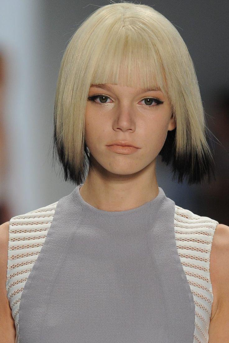 Short Blonde Hair Styles 2021