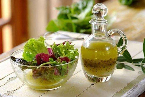 5 самых вкусных заправок для салата.