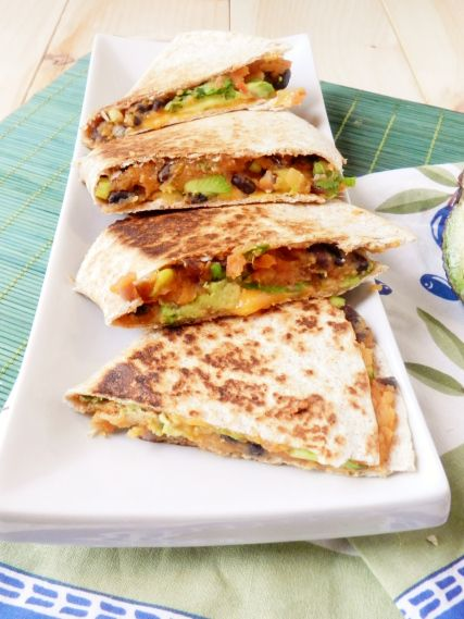 Black Bean Sweet Potato Quesadillas: Mondays A Z, Meatless Mondays, Black Bean Quesadillas, Black Bean Quesadilla, Sweet Potatoes Quesadillas, Meatless Dinners, Meatless Meals, Sweet Potatoes Black Beans, Highlights
