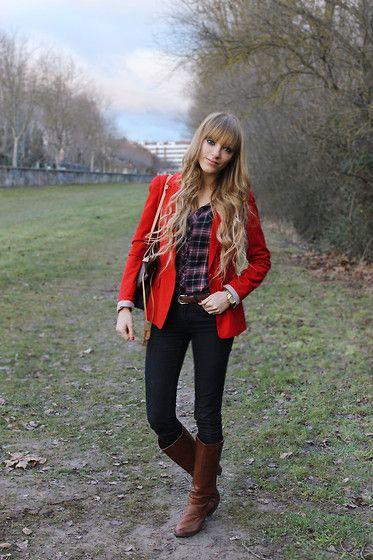 Stradivarius Blazer, Stradivarius Shirt, Stradivarius Jeans, Primark Boots