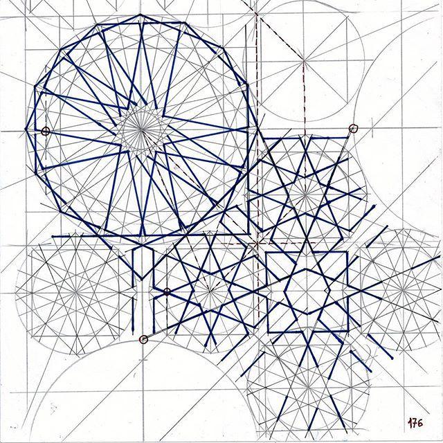 Bou 146 #islamicdesign #islamicgeometry #islamicart #geometry #symmetry #pattern #handmade #star #bou146 #Escher #mathart #regolo54