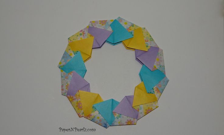 #origami Ring 16 from Tomoko Fuse's book 'Origami Rings and Wreaths'