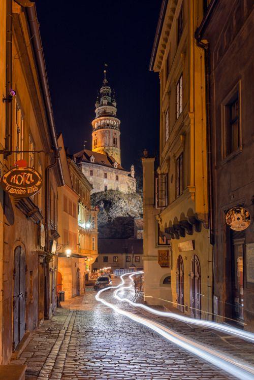 Český Krumlov, Czech Republic (by Wolfgang Grilz)