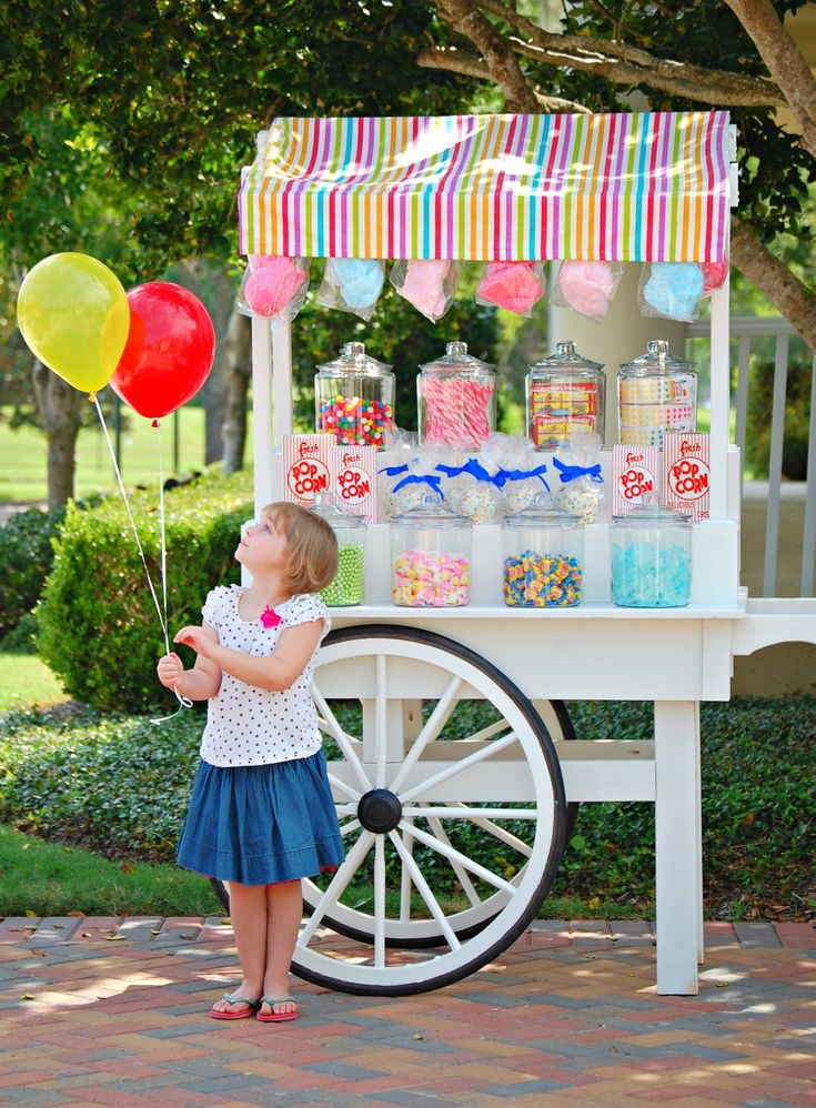 Candy Cart - oh how I LOVE doing this sort of thing for my kiddos and friends!!
