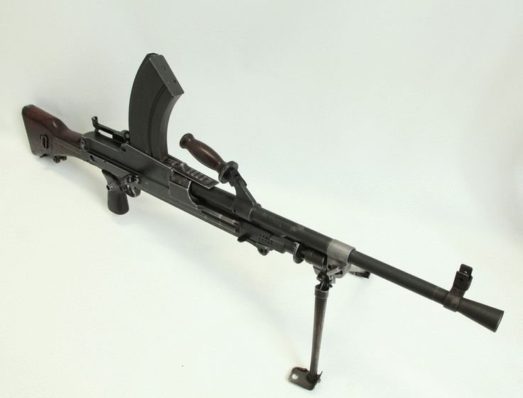 Mk. 1 Bren light machine gun, a favorite weapon of the Commandos who revolutionized the use of the weapon, firing it from the hip rather than the standard manner of firing from the ground. National WWII Museum, 2005.023
