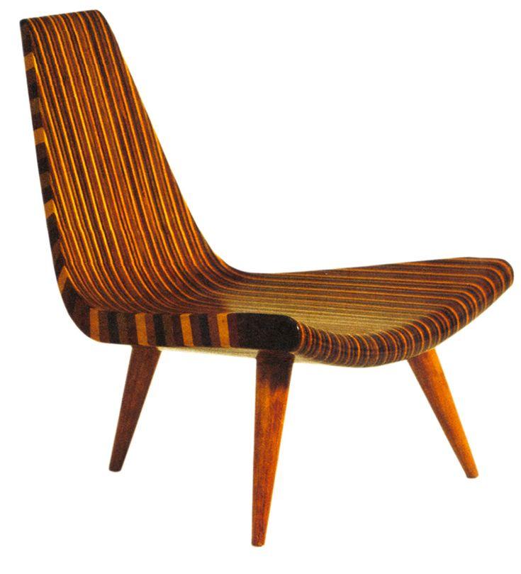 Cadeira três pés
