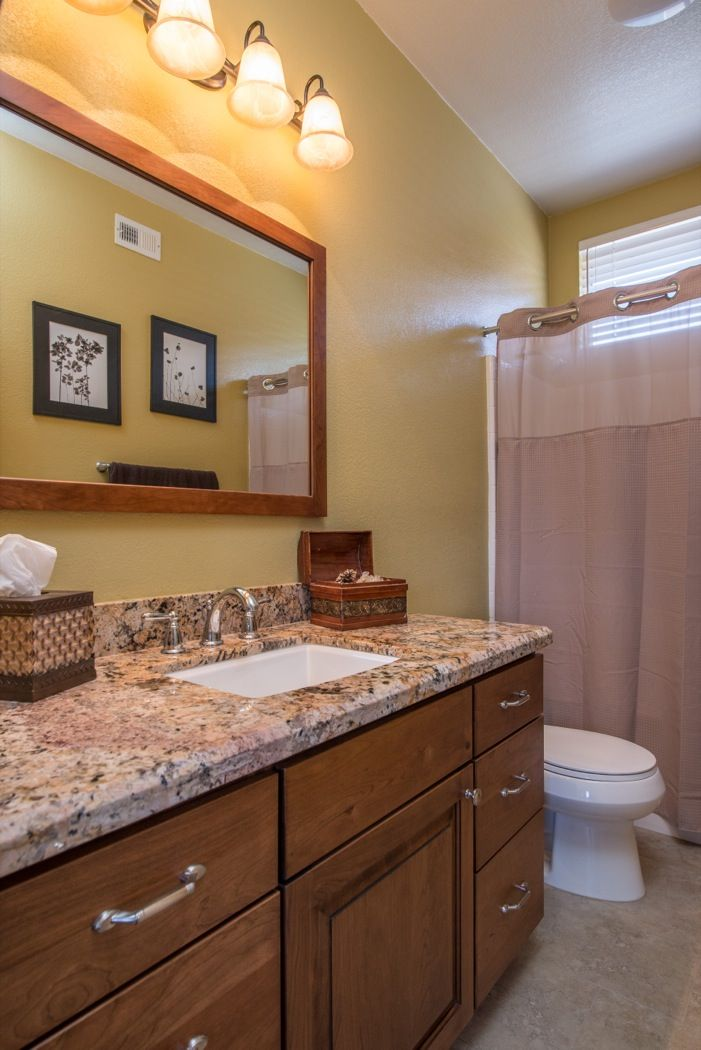 Home office decorating ideas average bathroom remodel for Average bathroom remodel