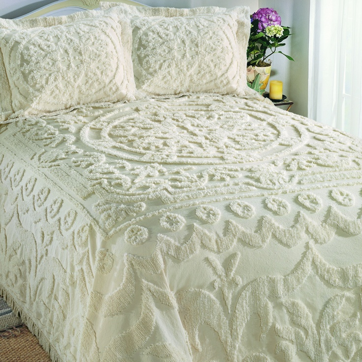 Cody Direct Chantilly Bedspread/ I love bedspreads like this!